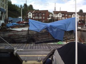 converting a trawler to houseboat